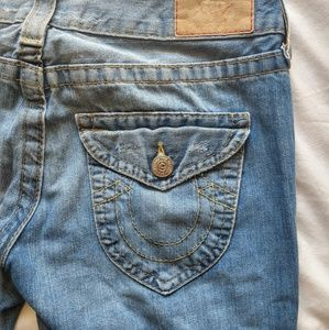 True Religion Distressed Bootcut Size 28 Jeans